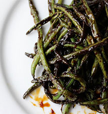 Sticky Spicy Green Beans