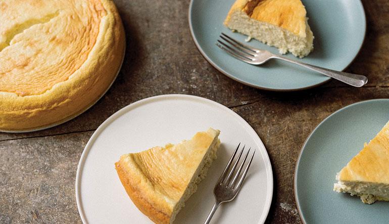 Ricotta-semolina cheesecake.