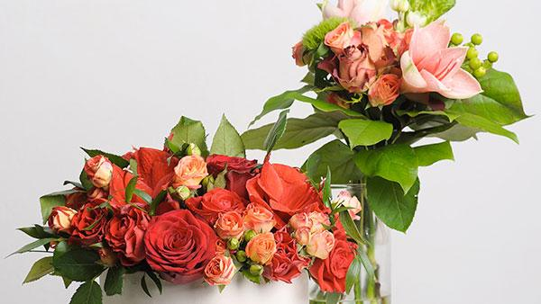 Creative bouquets of roses.