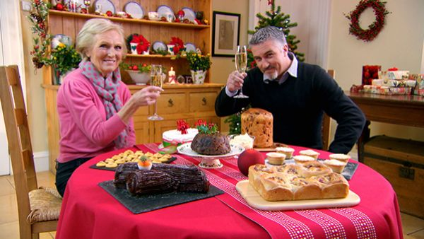 Mary Berry and Paul Hollywood in the Great British Baking Show Masterclass holiday episode. Photo: Love Production