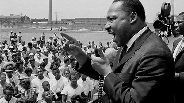 Dr. Martin Luther King, Jr. at the Robert Taylor Homes in Chicago. Photo: Getty Images