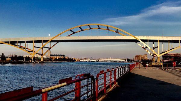 The Daniel Hoan Memorial Bridge in Milwaukee